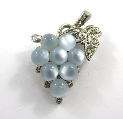 25 - 75% OFF Vintage Jewelry,Art Nouveau Rhinestone Grapes Brooch, Faux Blue Moonstone Vintage Beads. Art Deco Jewelry. $8.00