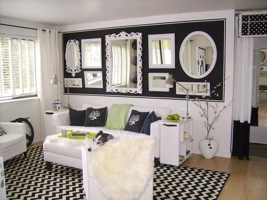 great use of mirrors and paint: Decorating Idea, Living Rooms, Feature Wall, White Mirror, Mirror Wall, Wall Of Mirrors, Mirror Ideas, Dark Wall, Black Wall
