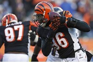 Carlos Dunlap Lands Bengals Extension: What Does that Mean for Geno Atkins?
