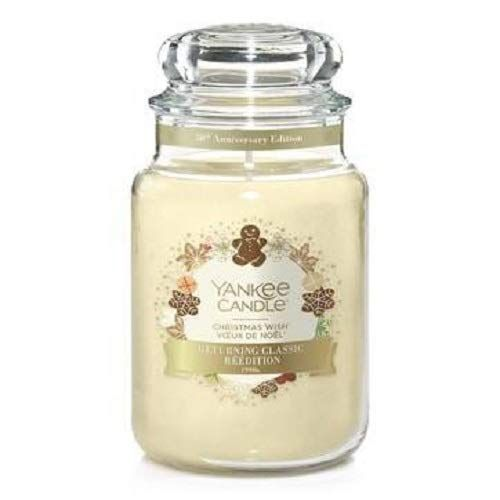 Yankee Candle Returning Classic Christmas In 2020 Yankee Candle Candle Jars Yankee Candle Christmas
