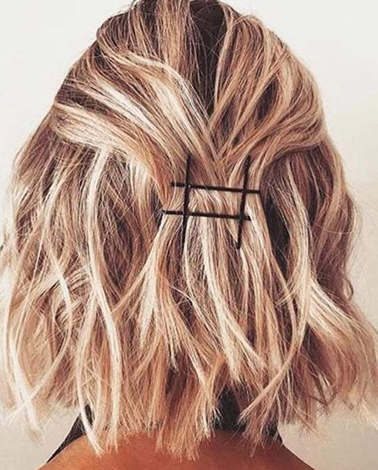 Stylish Black Bobby Pins On Blonde Wavy Hair Bobby Pin Hairstyles Short Hair Styles Easy Hair Styles