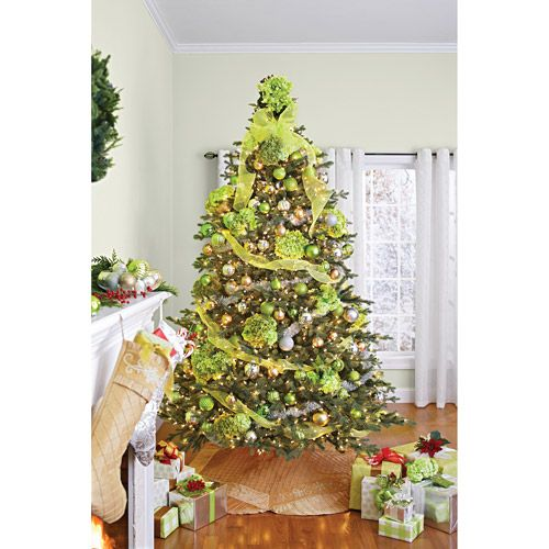 Better homes and gardens pre lit 7 5 39 hanover artificial for Best looking christmas tree