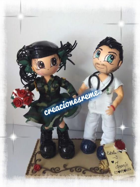 Pareja de fofuchos de boda  fofucha militar  fofucho enfermero #fofuchas #regalosboda #muñecostarta