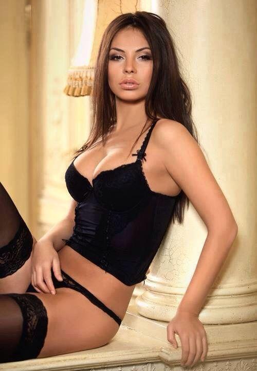 #sexybrunette
