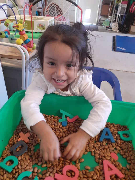 Here are some fun sensory activites for toddlers and preschoolers