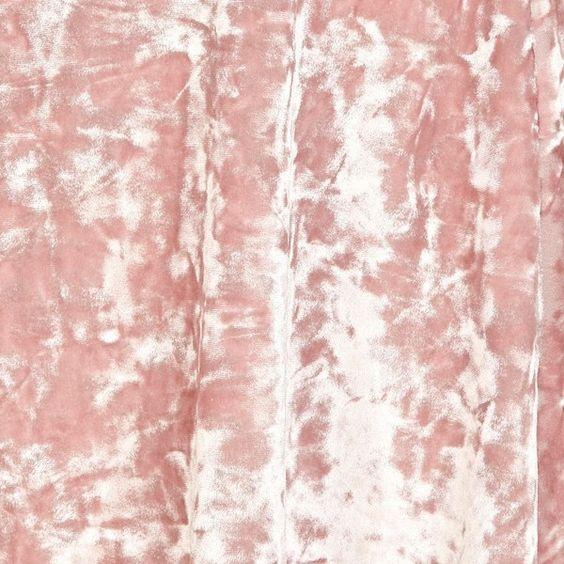 River Island Light pink crushed velvet skater skirt ($6.96) ❤ liked on Polyvore featuring skirts, backgrounds, pic, pictures, backgrounds+, sale, light pink skirt, circle skirt, skater skirt and elastic waist circle skirt