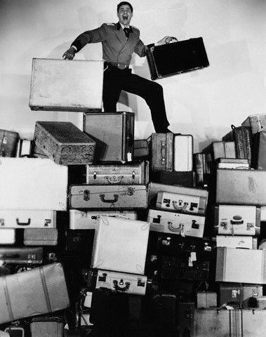Nossa colunista Rafa Micheletti (PHD Travel) dá dicas de como arrumar sua mala de maneira prática.     Agora, no blog!