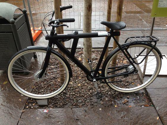 Vanmoof, lovely dutch designed bike spotted in Bolzano (It)