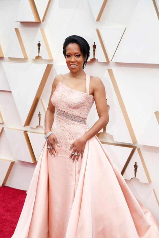 Oscars 2020 Regina King In Atelier Versace Tom Lorenzo Best Oscar Dresses Atelier Versace Oscars Red Carpet Dresses