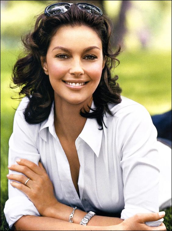 Ashley Judd People Pinterest Ashley judd, Actresses and - küchen aus italien