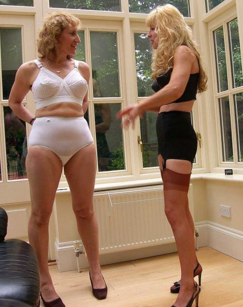 Mature Lady Sex Picture 43