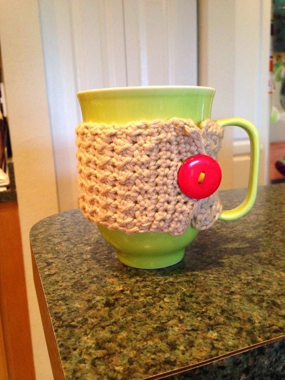 Tales of a Crafty Mommy: Crochet Coffee Mug Cozy Tutorial