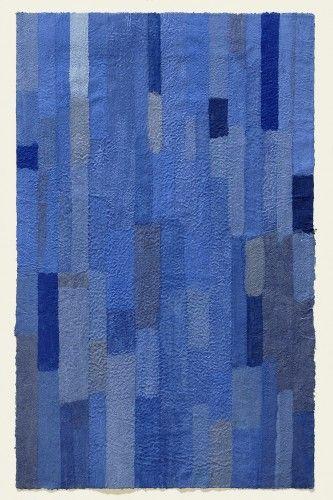 Lapislazuli ist ein Werk von Helmut Dirnaichner aus dem Jahr 2005 mit Lapislazuli, Azurit, Kobalt und Zellulose geschöpft.