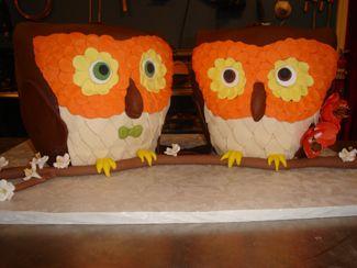 Owl wedding cakes by Charm City Cakes