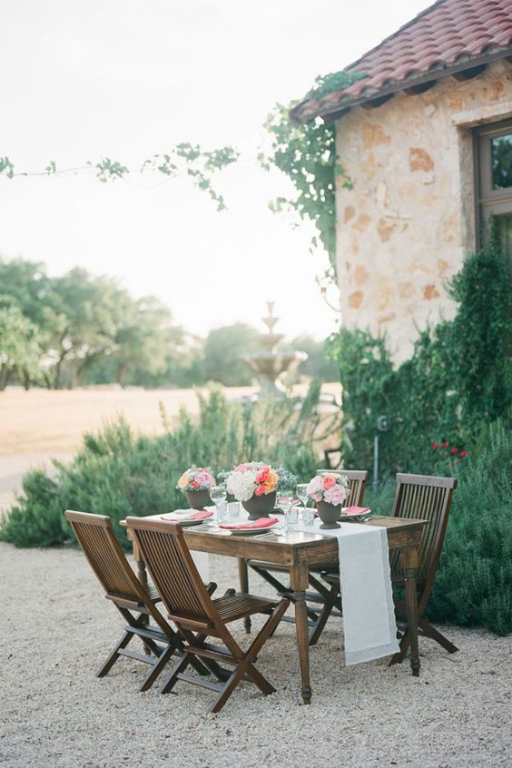 Austin, Texas vineyard wedding venue #texasweddingvenue http://www.weddingchicks.com/2013/11/20/austin-wedding-venue/