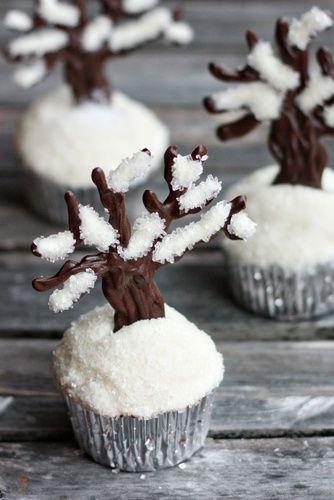 Winter choc tree cup cakes