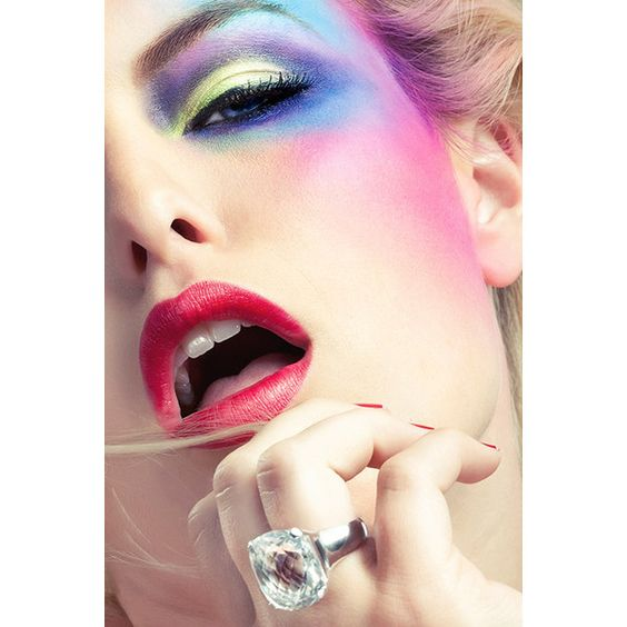 Where Professional Models Meet Model Photographers - ModelMayhem ❤ liked on Polyvore featuring models, faces, makeup and peopl