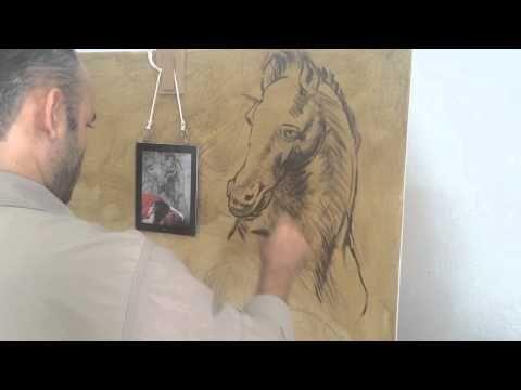 """Omar Ortiz pintando la obra """"la estampida"""" - YouTube"""