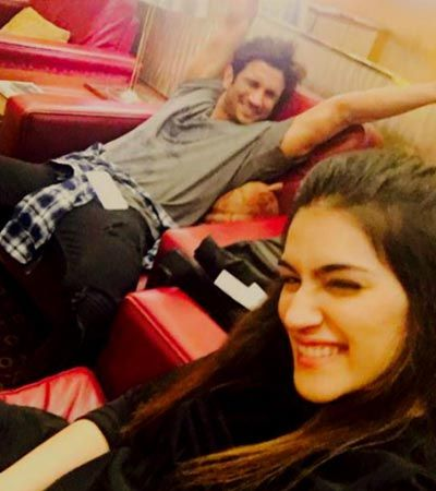 B'Day Girl #KritiSanon is Off to Mauritius With #SushantSinghRajput for the last schedule of #Raabta follow @tamashha for more latest updates