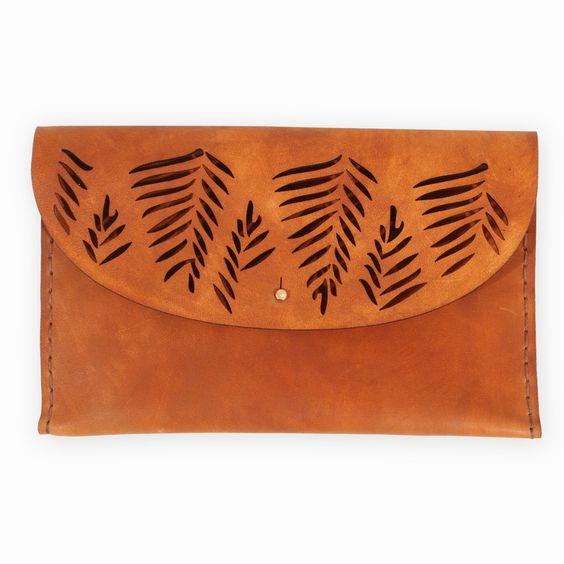 Tropical Lederclutch von Ilundi Design