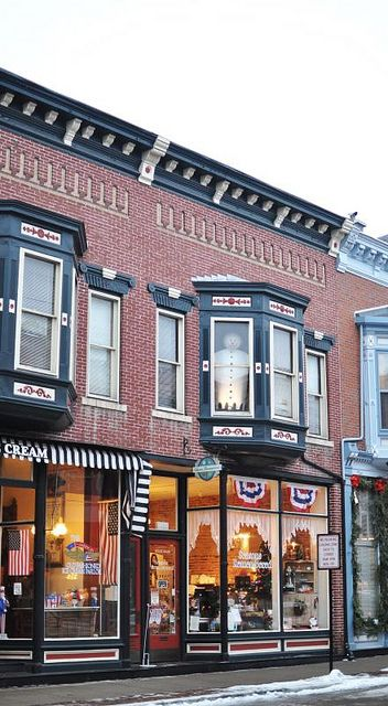 Downtown shop in Galena, Illinois-photo by Relocated City Girl, via Flickr
