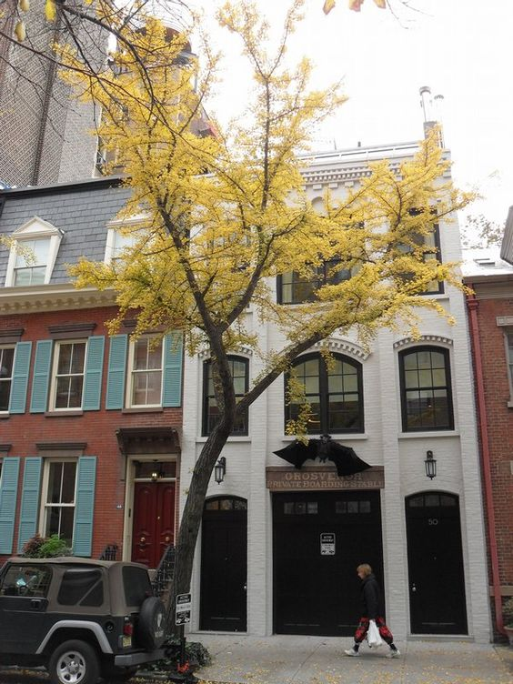 Greenwich village townhouse nyc new york city the big for Greenwich townhomes for sale