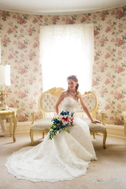A bride looking angelic in her wedding gown. | Andre LaCour Photography
