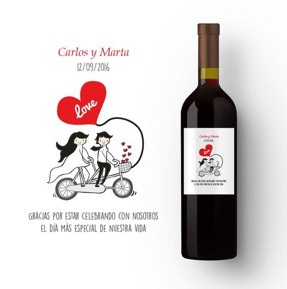 Sorprende a todos el día de tu boda con un detalle que nunca olvidarán. Una botella personalizada de un buen vino de etiquetatuvino.com .Por muchos brindis más por vuestro enlace hasta fuera de la ceremonia! #etiquetatuvino #bodas #detallesqueenamoran