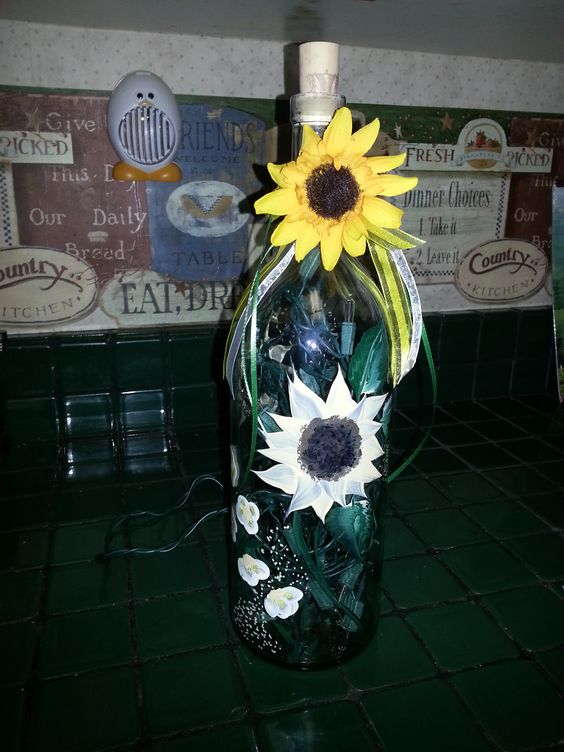 Sunflower bottle lamp - I LOVE IT!!!!  Thanks Mary Sue!!!!