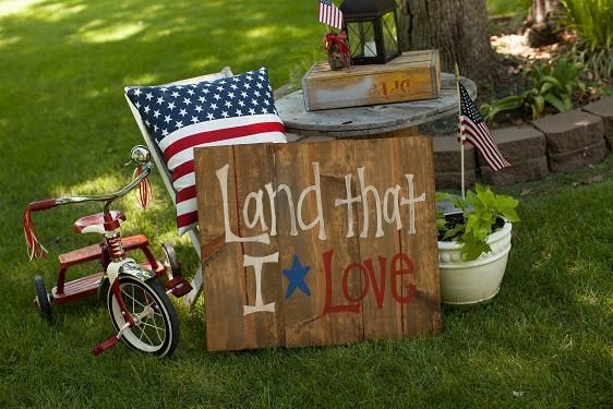 Land That I Love - 4th of July Sign