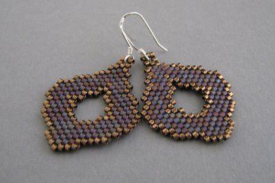 beademecum: csepp-alakú peyote fülbevaló – handcrafted beaded jewelry – gyöngy ékszer