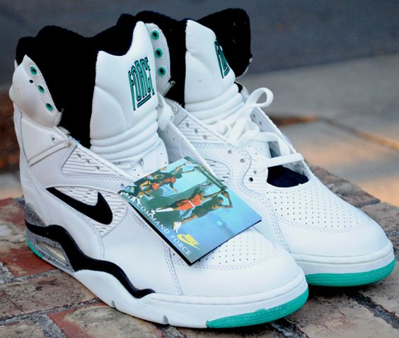 nike air command force 180