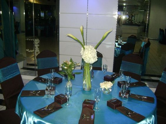 Wedding tables ideas brown and blue turquoise mesa de boda for Decoracion turquesa y marron