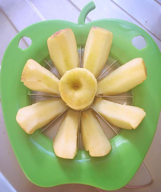 Flor de maça ! . Bom dia!  Estou adorando meu novo cortador! hehe #amaecoruja #blogAMC #pin