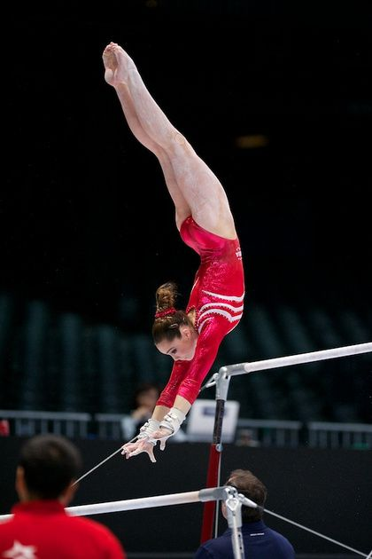 McKayla Maroney seriously has the prettiest lines on bars, so much potential