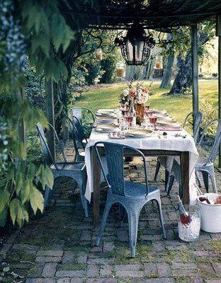 Summer dining.