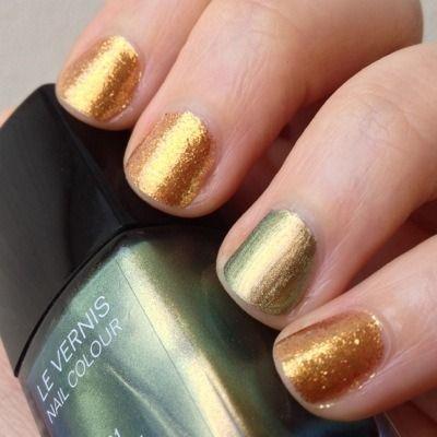 Goldeneye Holiday nails