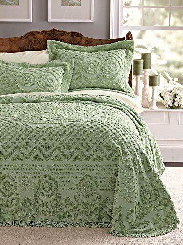 Heirloom Cotton Chenille Bedspread Vintage-inspired cente…