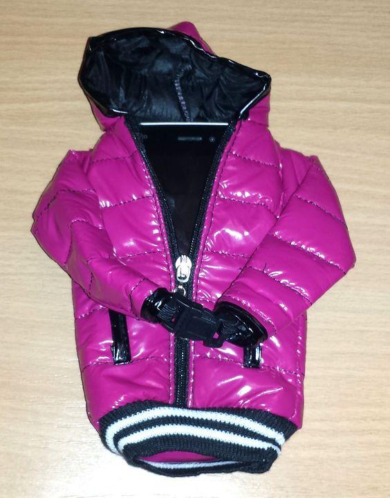 Handytasche im Jackenformat. Eine Handytasche zum Schutz vor Schmutz und Bruch durch herunterfallen ist eine gute Idee. Noch besser sinnd individuelle Taschen, die für jedes Modell geeignet sind. A...