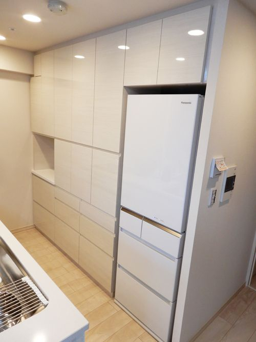 食器棚 サイズ W2417 d450 H2305 家具本体税抜き価格 518 000