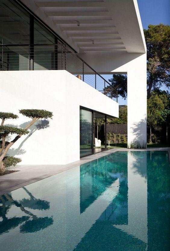 Zeitgenössische Bauhaus - Schwimmbad Design