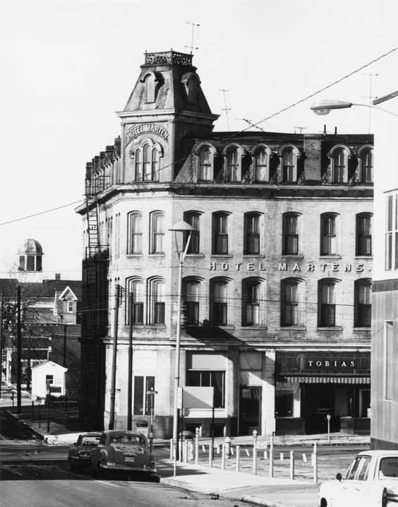 Hotel Martens Now A Bank Mid 1960 Tbt Lancaster Ohio Pinterest Fairfield County And