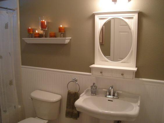 Beadboard Bathroom Beadboard Wainscot With Crown Moulding And Header Valences Bathrooms