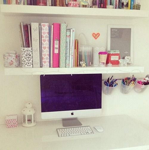 Lara's room needs this!!!! She's begging me for a homework/dressing table.