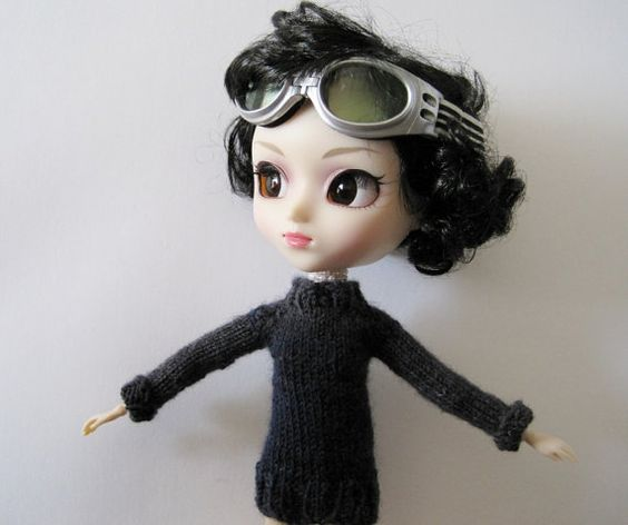 Hand Knit for Pullip  Black & Blue Ski Sweater  by awkward on Etsy, $25.00