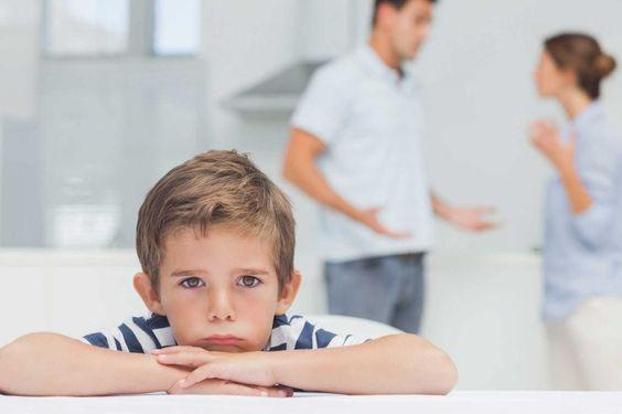10 modi per aiutare i vostri bambini a vivere il divorzio