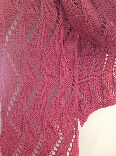 Free Pattern: Pilsener Zigzag Scarf by Laurel Brandt Knitting - Scarves &am...