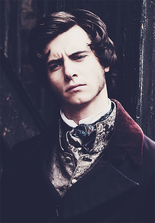 Harry Lloyd Great Expectations