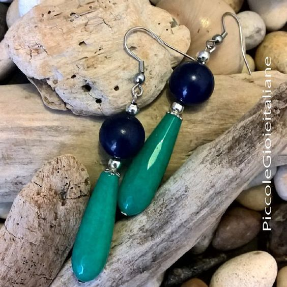 Orecchini moderni con Agata verde smeraldo e blu. Orecchini artigianali…