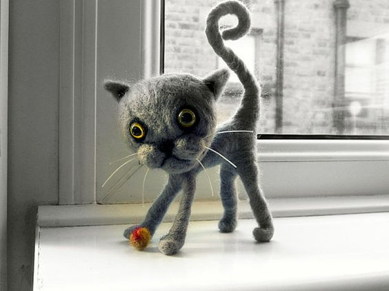 Hey, I found this really awesome Etsy listing at https://www.etsy.com/listing/182784206/luna-gray-felting-cat